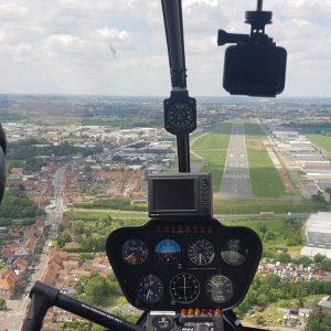 Proefles helikopter R44
